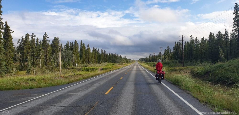 Cycling Klondike Highway from Whitehorse to Dawson City.  Stage Whitehorse - Fox Lake.