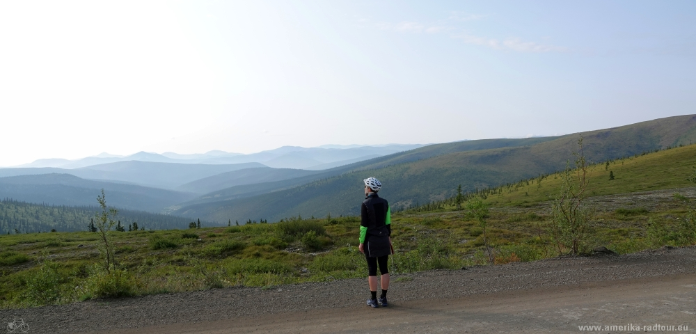 Mit dem Fahrrad von Whitehorse über Dawson City nach Anchorage, Top of the world Highway.