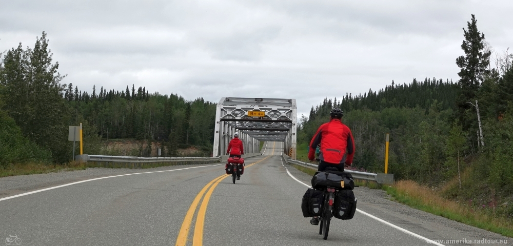 Cycling Alaska Highway northbound